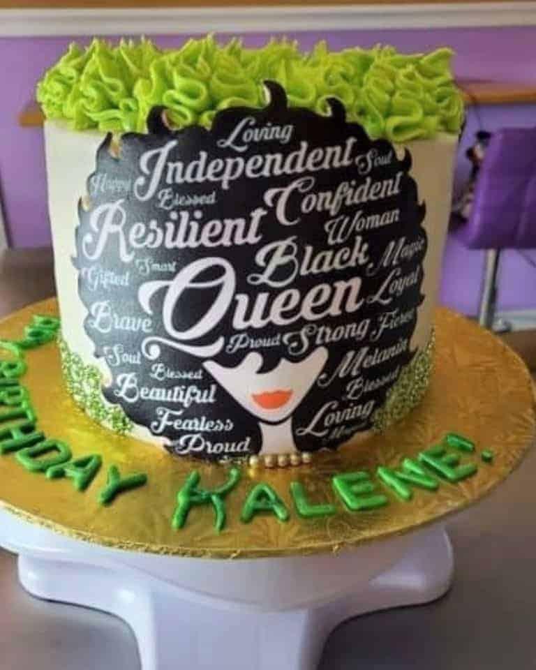 Lucy's Cakes & Crumbs - Black Queen