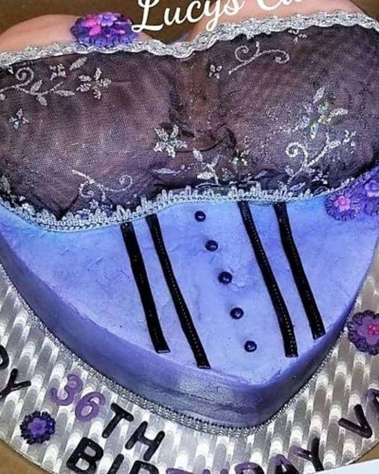 Lucy's Cakes & Crumbs - Bustier