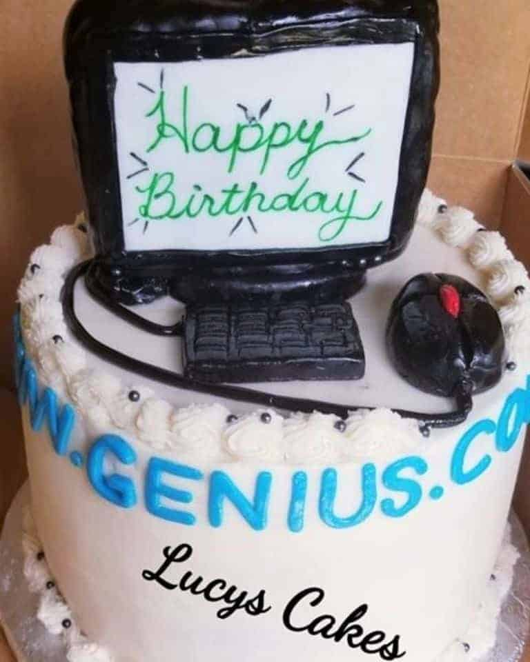 Lucy's Cakes & Crumbs - Computer