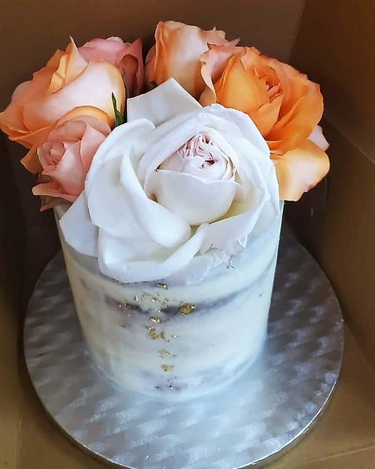Lucy's Cakes & Crumbs - Orange Roses
