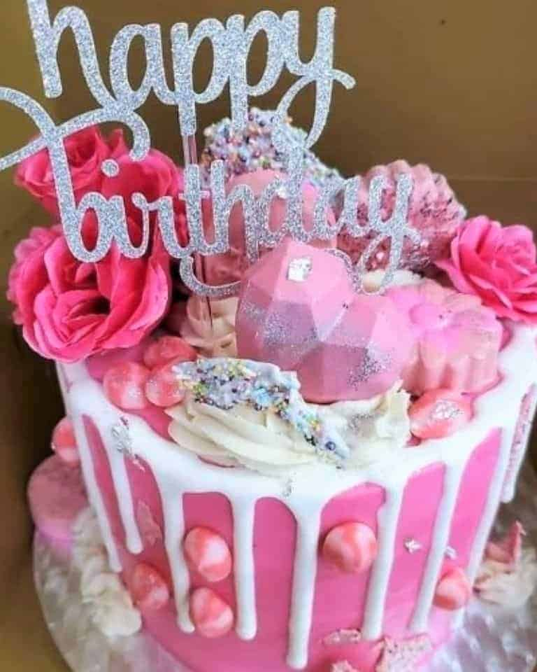 Lucy's Cakes & Crumbs - Pink White