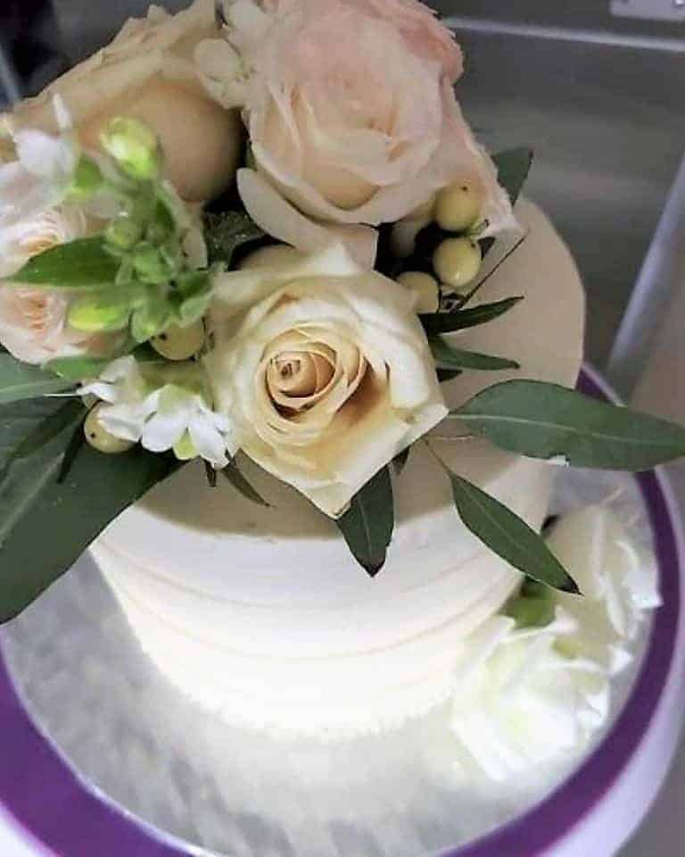 Lucy's Cakes & Crumbs - Roses
