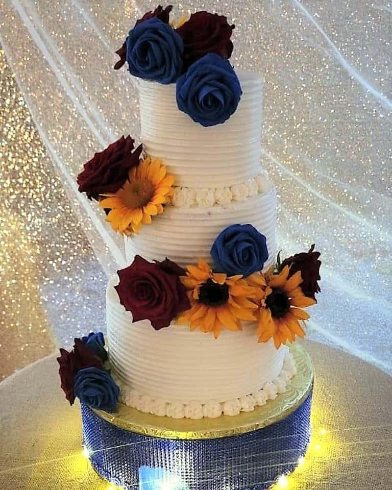 Lucy's Cakes & Crumbs - Wedding Cake Sunflower
