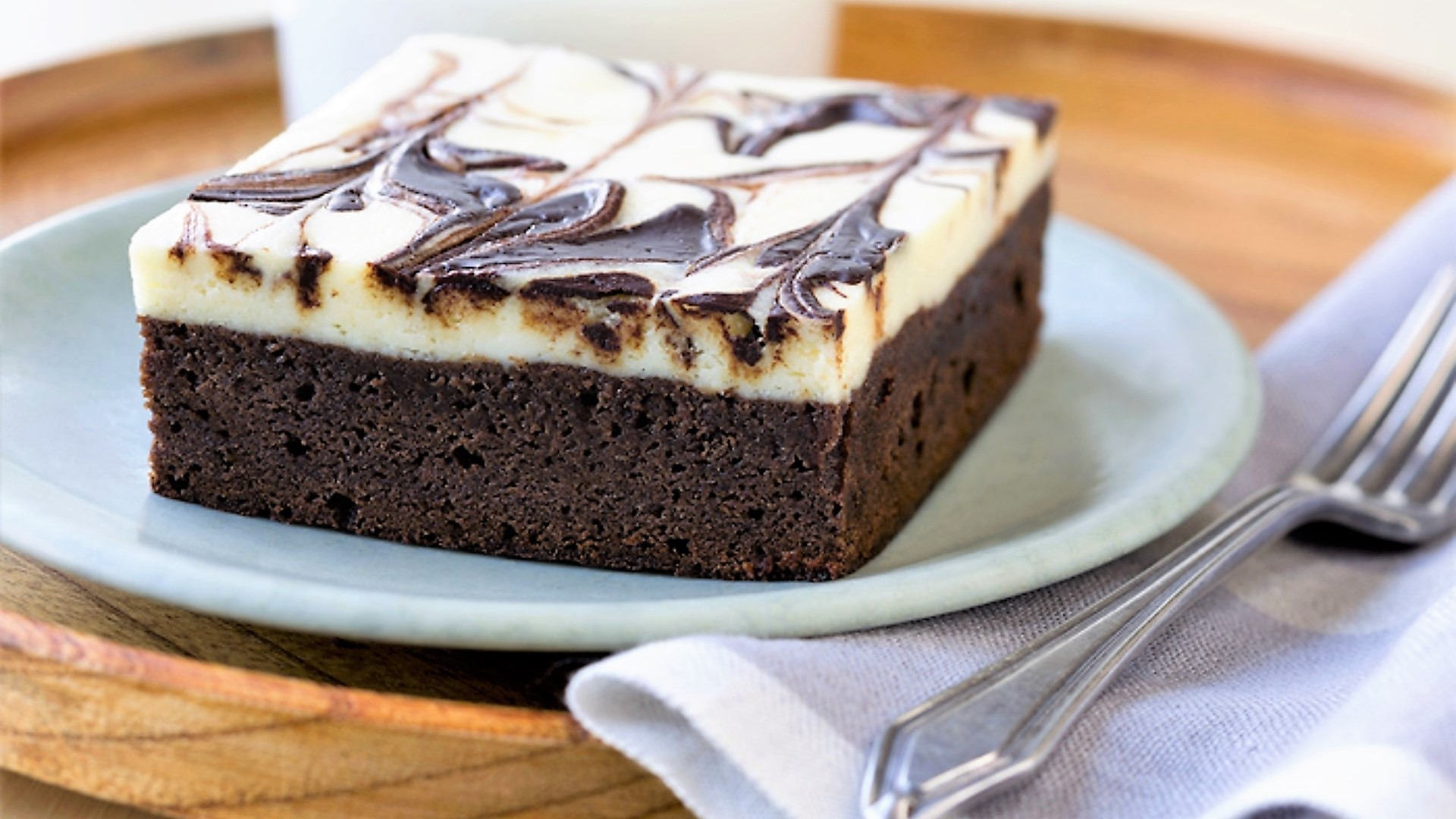 Lucy's Cakes & Crumbs - Brownie