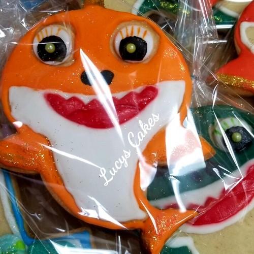 Lucy's Cakes & Crumbs - Baby Shark Cookies
