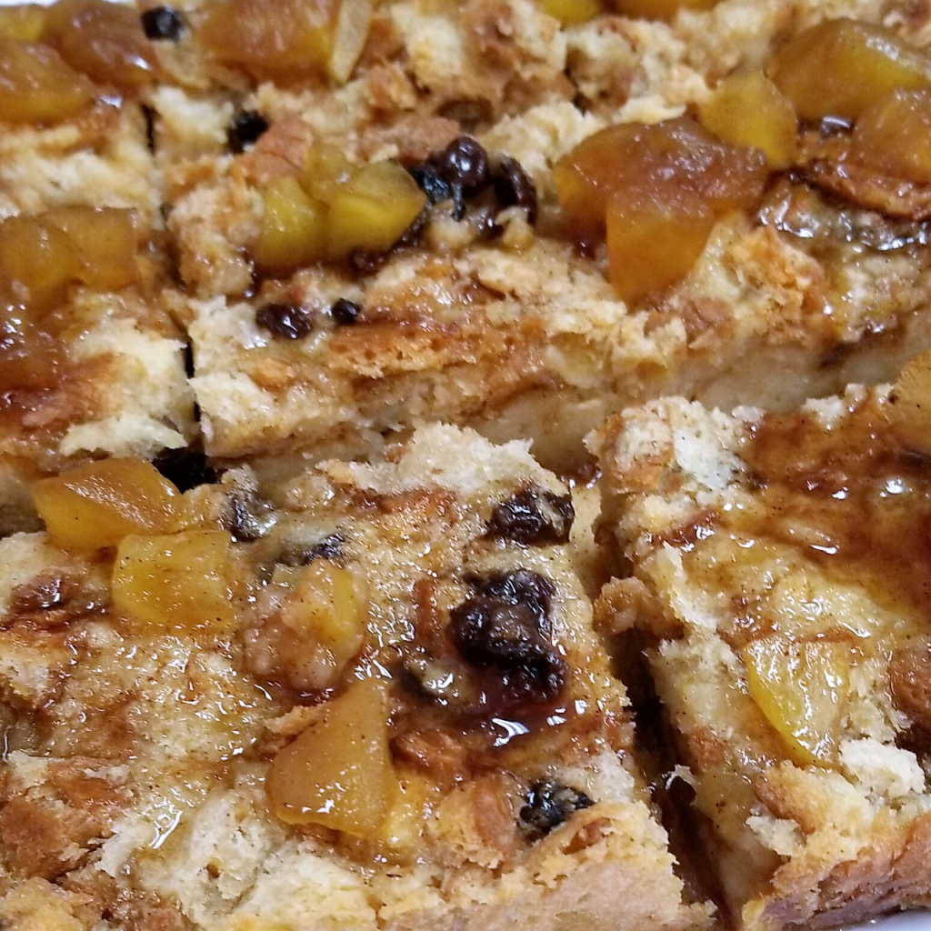Lucy's Cakes & Crumbs - Bread Pudding