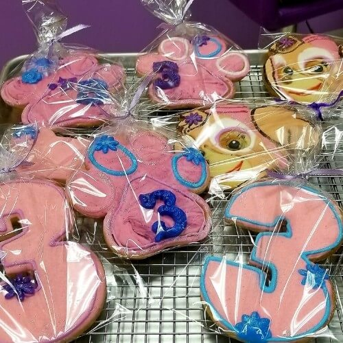 Lucy's Cakes & Crumbs - Paw Patrol Cookies