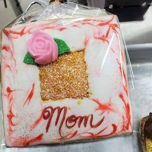 Lucy's Cakes & Crumbs - Mom Pink Rose