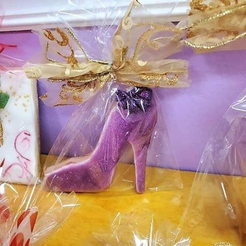 Lucy's Cakes & Crumbs - Purple Heel