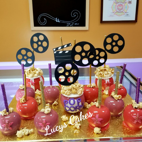 Cake Pops by Lucy's Cakes & Crumbs